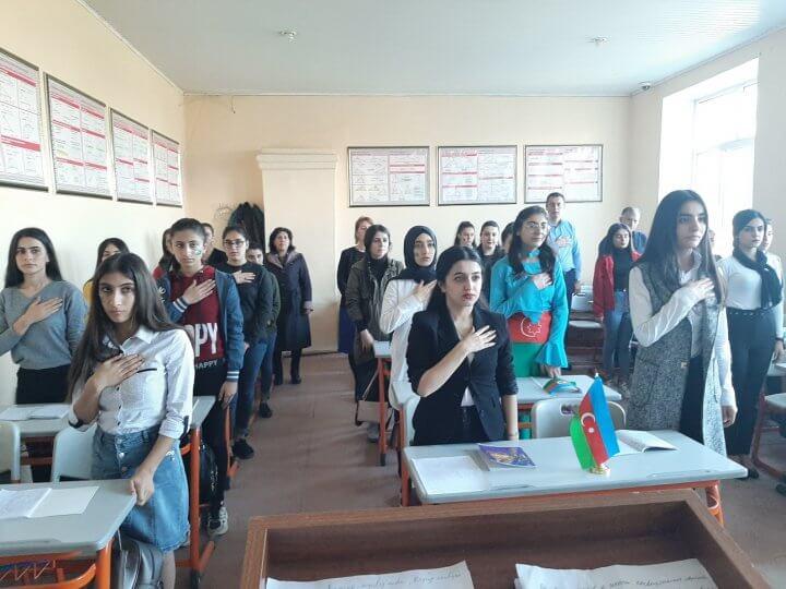 Lənkəran Dövlət Humanitar Kollecində Bayraq gününə həsr edilmiş açıq dərs keçirildi